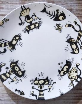 """Šķīvis """"Izsalkušais kaķis"""""""